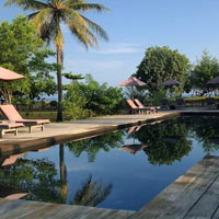 Gili Islands resorts review, Desa Dunia pool