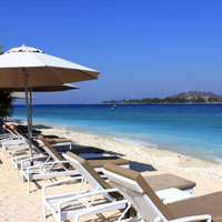 Mahamaya Boutique Resort beach on Gili Meno island