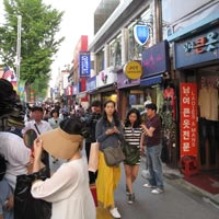 Seoul shopping guide, Itaewon for deals and knock-offs