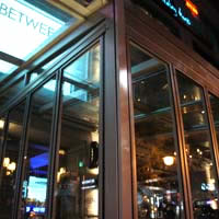 Seoul nightlife in Itaewon, posh club and bar BETWEEN