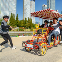 Songdo city guide for families, biking at Central Park
