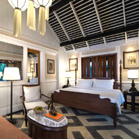 Luxury Luang Prabang hotels for destination weddings, Rosewood room