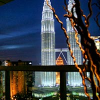 KL bars and fun evenings, Traders SkyBar Twin Tower view