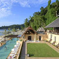 No slumming at posh Gaya Island Resort