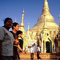 Yangon fun guide, Burma travel tips, Shwedagon Pagoda