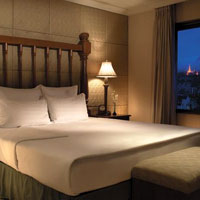 Yangon business hotels review, Traders from Shangri-La