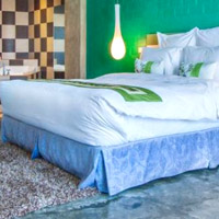 Cebu boutique hotels, Henry's Extra Large Room in bright green