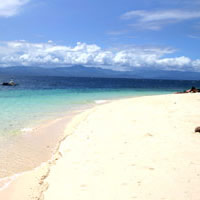 Best beaches in Cebu, white sand stretch at Moalboal