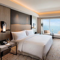 Best Manila MICE hotels, Conrad by the Bay