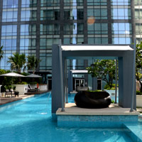 Best Manila hotel pools, Raffles Makati's private plunger