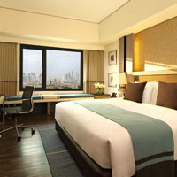 Seda is good value Manila business hotel in BGC, Fort Bonifacio district