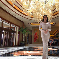 Best Manila casino hotels, Solaire's shimmering lobby with hostess