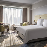 Four Seasons Singapore's new look Boulevard Rooms are all cream and contemporary