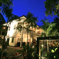 Singapore dining in colonial villa surrounds, One Rochester
