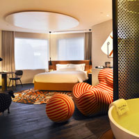 Singapore boutique hotels, Naumi suite