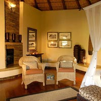 Luxury safari hotel, Tuningi