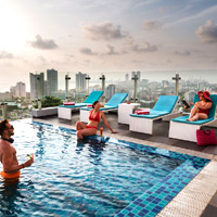 Rooftop pool at Cinnamon Red Colombo