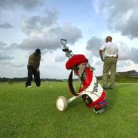 Colombo guide, golf is a growing peacetime attraction