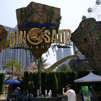 Near EM District is Dinosaur Planet for kids with fun rides, huge critters and a volcano