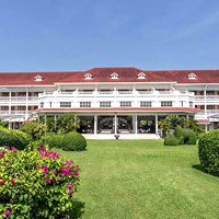 Hua Hin fun guide - Centara Grand is a heritage pick for families