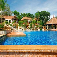 Thailand child-friendly hotels, Crown Lanta pool in Krabi