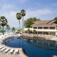 Pattaya resorts review, stylish Pullman pool