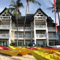 Phuket toddler-friendly resorts, Angsana row boats at lagoon
