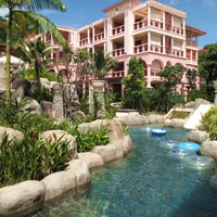 Phuket kid-friendly hotel, Centara Grand Beach Lazy River