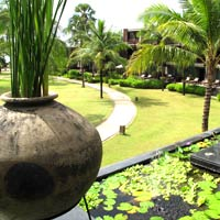 Khao Lak child-friendly hotels, Ramada offers lots of garden space