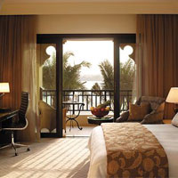 Best Abu Dhabi business hotels, Shangri-La room