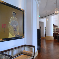 Best Saigon business hotels, Park Hyatt lobby with local art