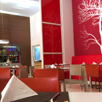 Bangalore budget hotels, Ibis is a cheerful address