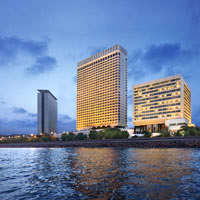 Oberoi Nariman Point and the Trident offer splendid bay views