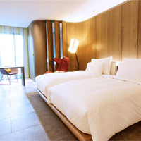 Beitou hot spring resorts, Grand View Resort Hotel Royal - woody tones and smart interiors