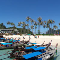 Krabi child-friendly resorts, Sheraton beachfront long-tail boats