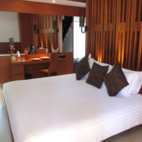 Patong fun hotels, La Flora pool villa room